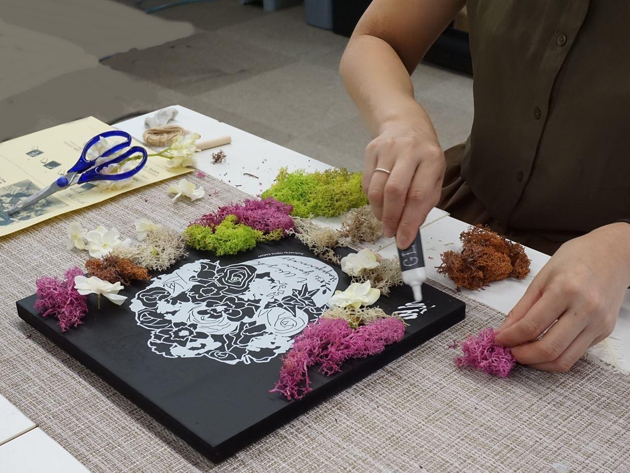 手作りインテリア フラワーボード「Happiness Flower」