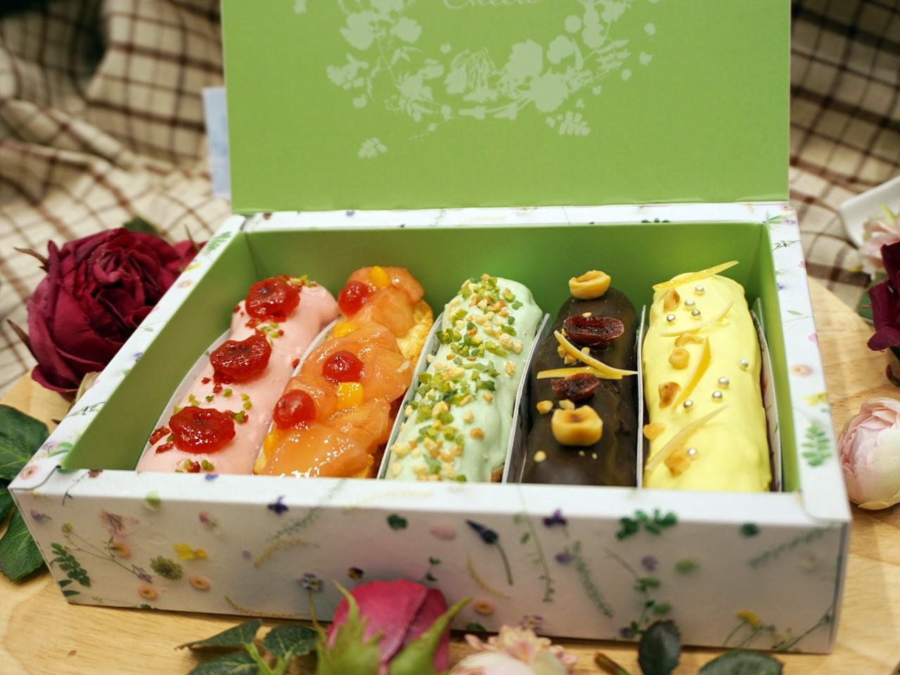 【日比谷花壇】ヒビヤカダンスイーツ「花咲くローズエクレア」