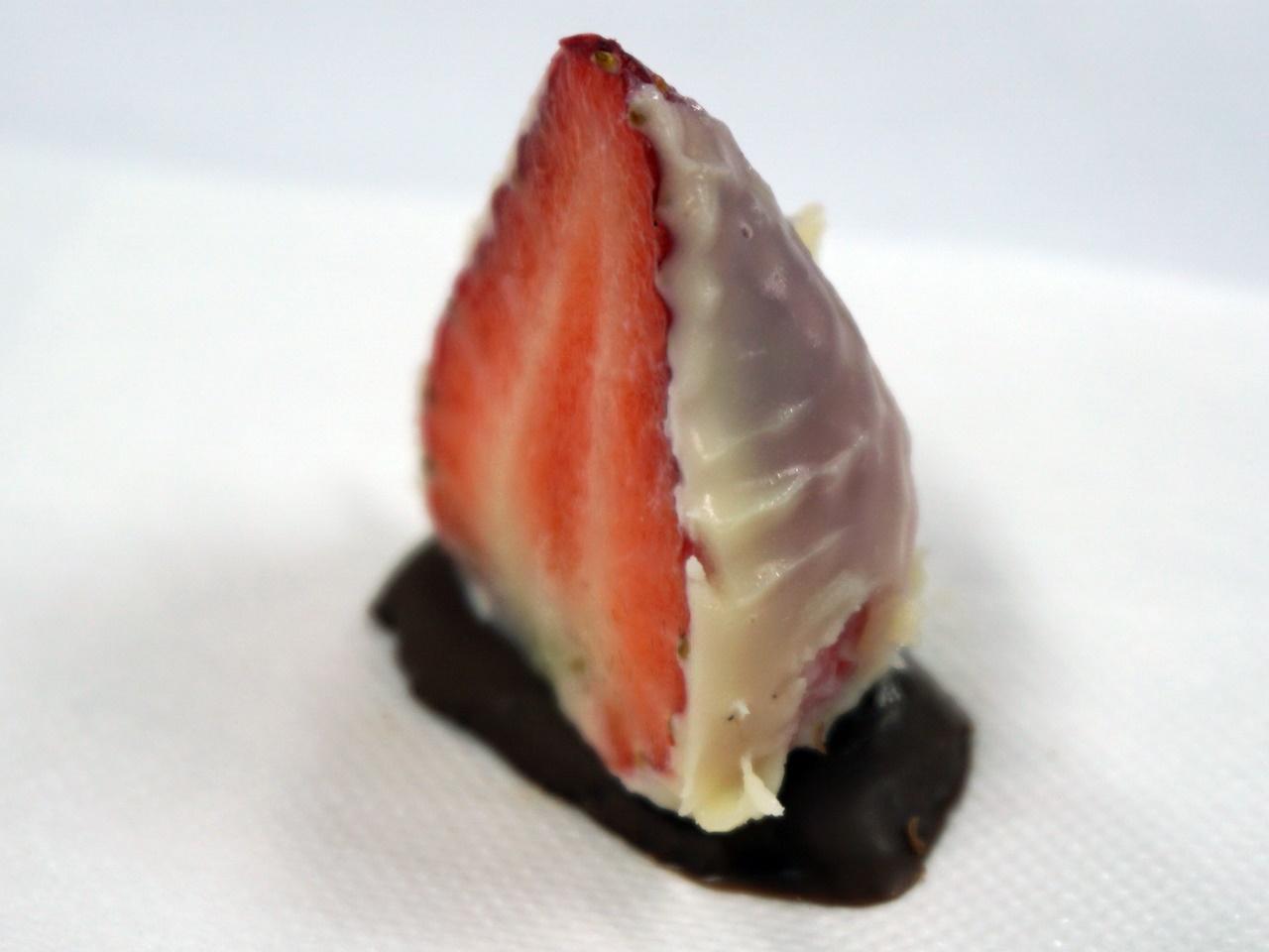 苺スイーツ店「オードリー」の「オードリードゥミ」