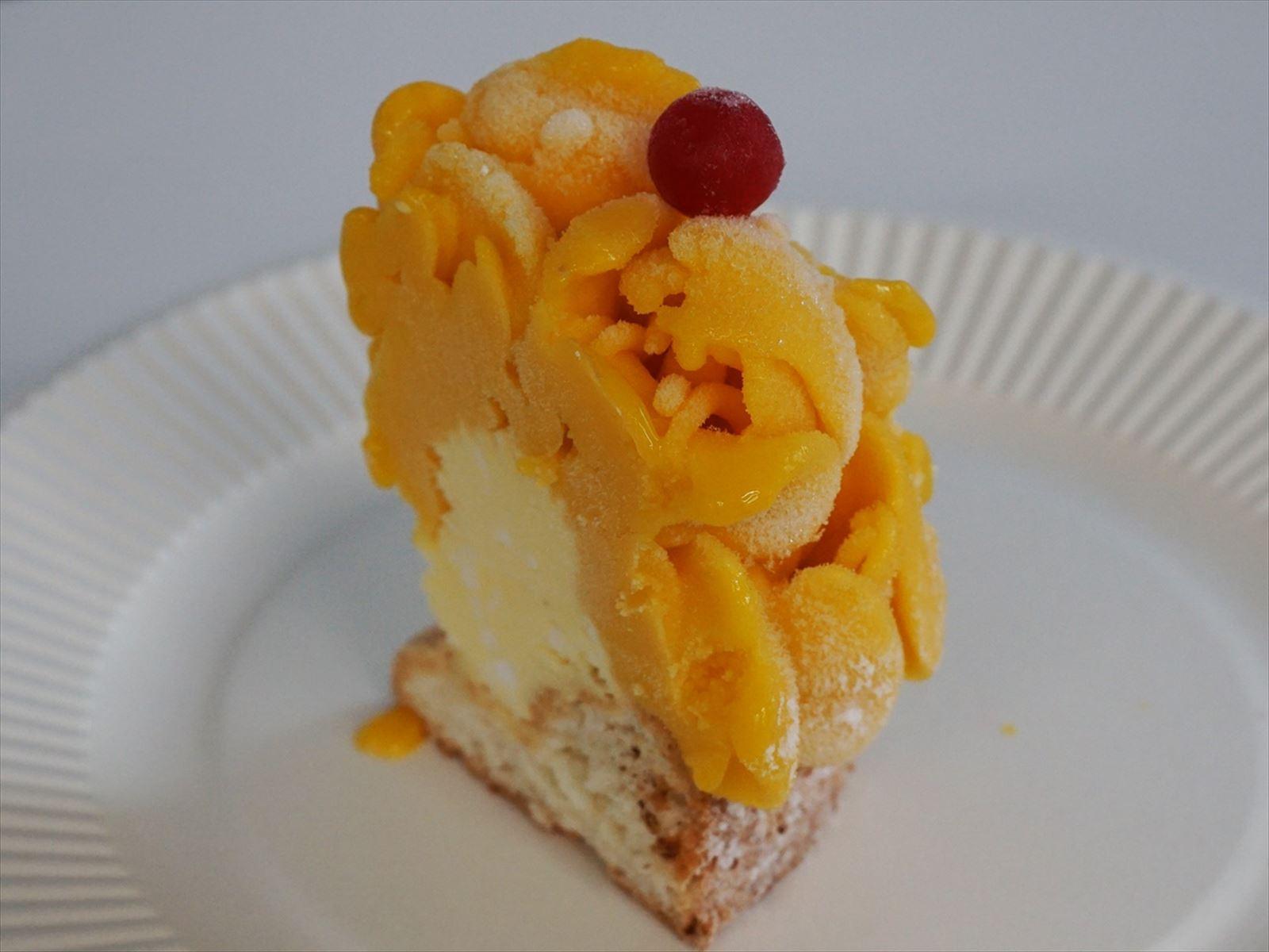 《メゾンジブレー》アイスケーキ フラワーマンゴー