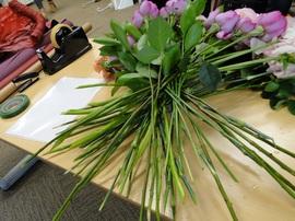 日比谷花壇:フラワーデザイン前の支度