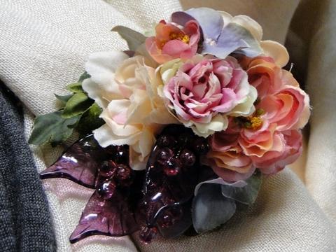 日比谷花壇アーティフィシャルフラワーブローチ「ビジュー」