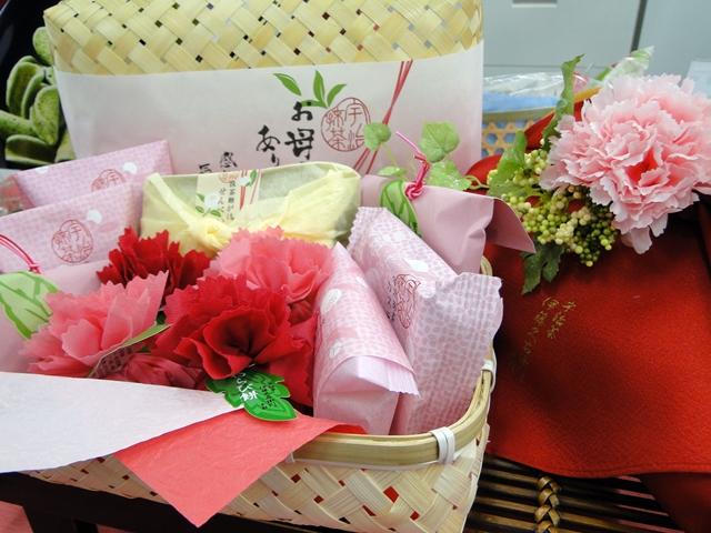http://gift.tsuu.info/mother/img/20130418DSC05917.JPG